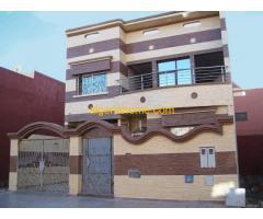 Décoration de façades des bâtiments et des maisons Tarvartino