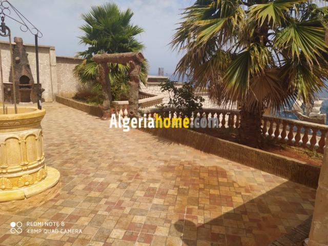 location villa avec piscine Bejaia