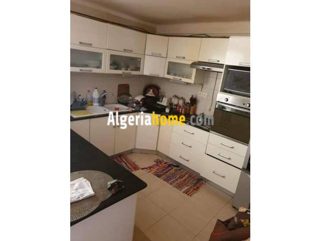 Vente appartement niveau de villa Alger