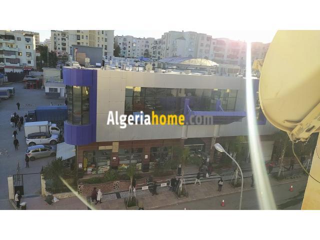 Vendre appartement F5 Ali Menjli constantine