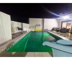 Location Villa avec piscine a Tlemcen