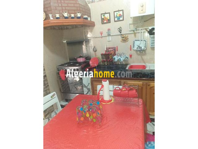 a vendre appartement F4 Sidi Bel Abbes