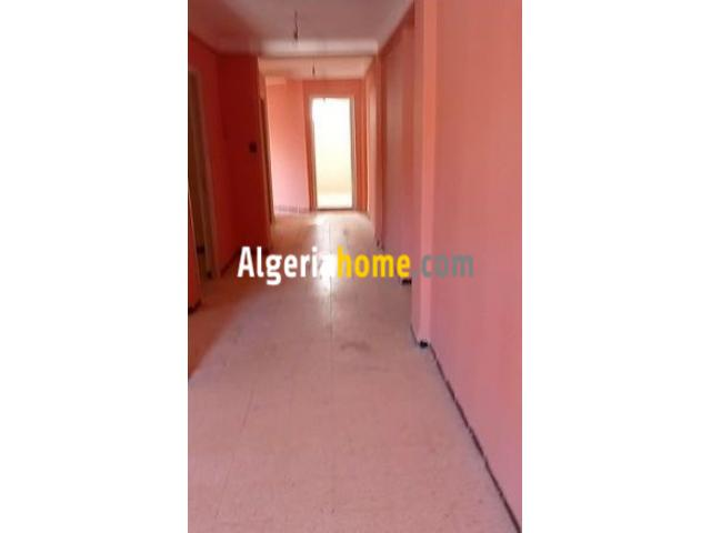 Vente Appartement F4 Tizi Ouzou salhi 1