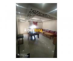 vente appartement  F4 a Oran