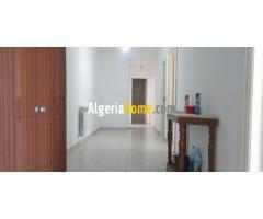 Location Appartement F4 Bejaia