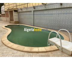 location villa avec piscine et jardin Alger Hydra